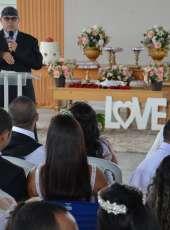 Casamento coletivo reúne 30 noivos no IPPOO II