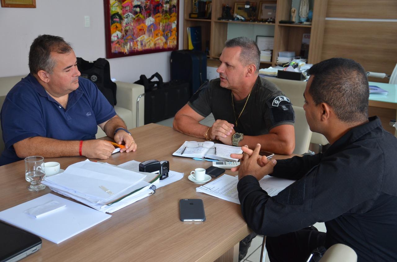 Secretário Mauro recebe Sindasp para apoiar projeto sobre gratificação de 100% para agentes que realizaram desvio de função